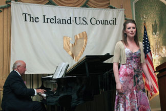 Council member and Director of the Royal Irish Academy of Music Dr. John O'Conor accompanied the young Irish mezzo-soprano Naomi O'Connell (Now studying at Juilliard) in a program of entertainment presented at the lunch.